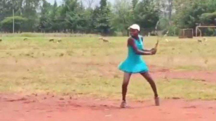 Vrea să devină cea mai bună tenismenă. Linda Serena Machimbo a impresionat o lume întreagă prin ambiția sa