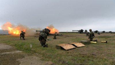 Focuri de armă la Cahul. Militarii Armatei Naţionale au efectuat trageri în direcţia inamicilor, în cadrul unor exerciții tactice (VIDEO)