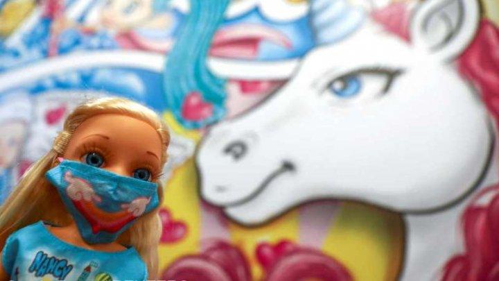 Jucării care reflectă pandemia de coronavirus. Ce cadouri ar putea primi copiii din Spania şi Portugalia de Crăciun (FOTO)