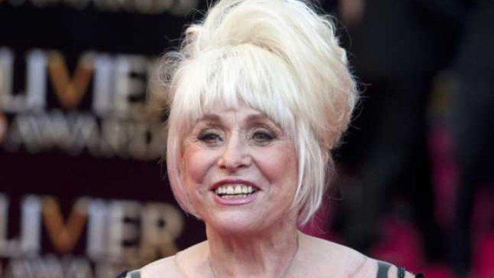 Actriţa Barbara Windsor a murit la vârsta de 83 de ani