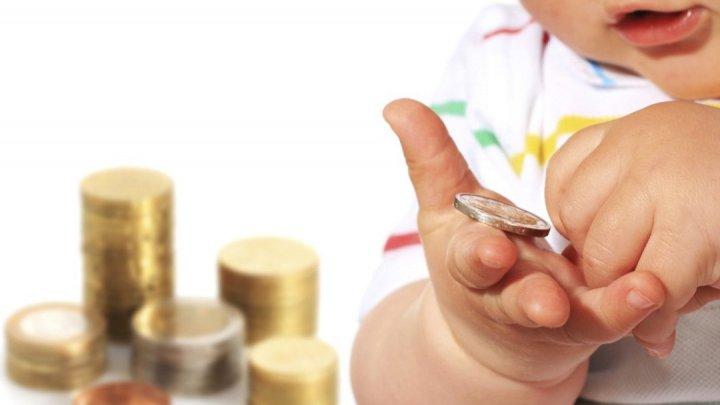 Alocaţia pentru copii, acordată de guvernul României, va fi majorată cu 20 la sută din 1 ianuarie 2022