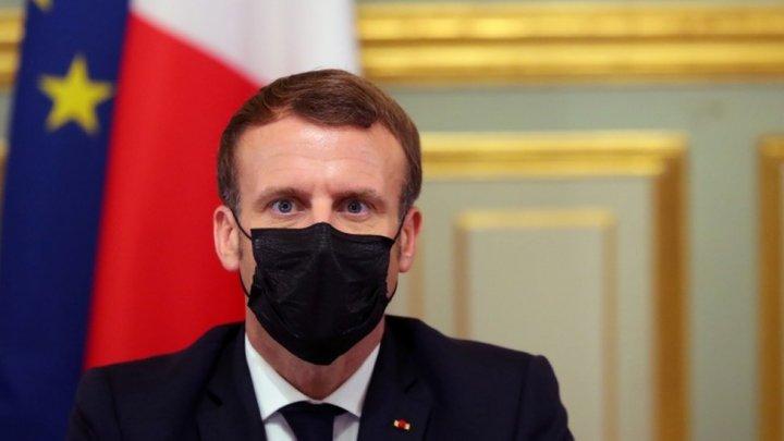 Franţa, Campanie de vaccinare a publicului larg ''între aprilie şi iunie''
