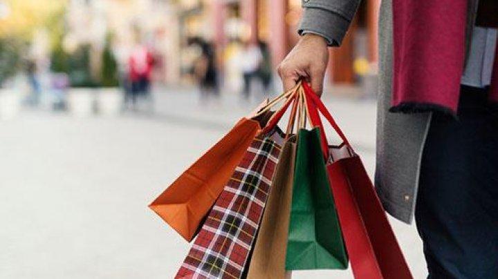 Shopping doar cu programare. Regulile impuse în Grecia pentru redeschiderea magazinelor