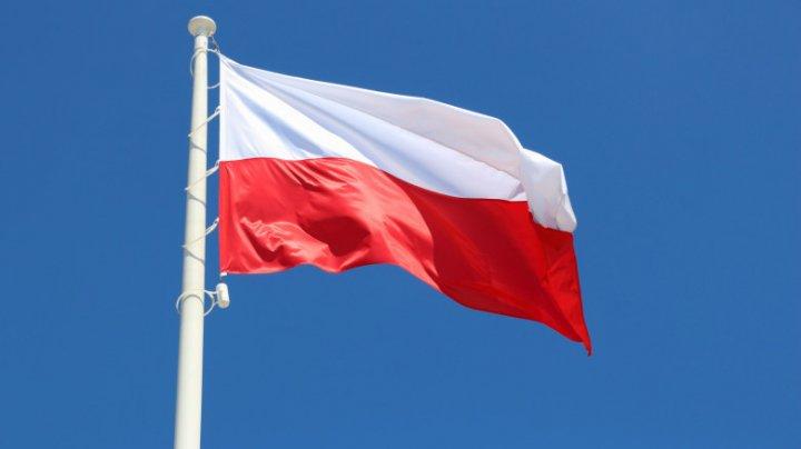 """Polonia intenţionează să prelungească restricţiile pentru a evita """"al treilea val"""" epidemic"""