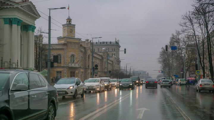 Meteo 23 decembrie: Pe întreg teritoriul ţării vor cădea precipitaţii sub formă de lapoviţă