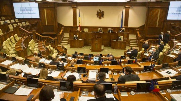 La miez de noapte, Parlamentul a aprobat Legea bugetului de stat pentru 2021 în lectura a doua