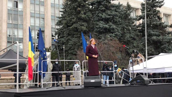 Maia Sandu: Premierul Chicu trebuie să-și dea demisia în următoarele ore