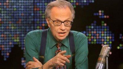 Celebrul moderator de televiziune Larry King s-a stins din viaţă la vârsta de 87 de ani