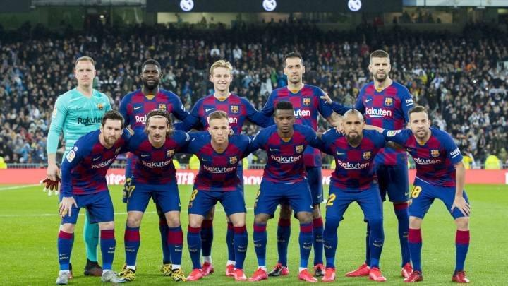 FC Barcelona are datorii de aproape 200 de milioane de dolari în urma achiziţiilor de jucători pe care le-a efectuat