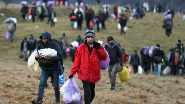 UE îşi suplimentează ajutorul umanitar pentru migranţii aflaţi în situaţie inacceptabilă în Bosnia