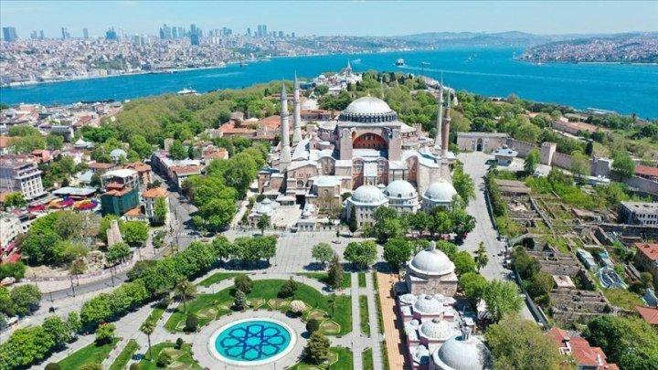 Istanbulul mai are apă pentru doar 45 de zile, iar alte mari orașe din Turcia ar putea rămâne fără apă în următoarele luni
