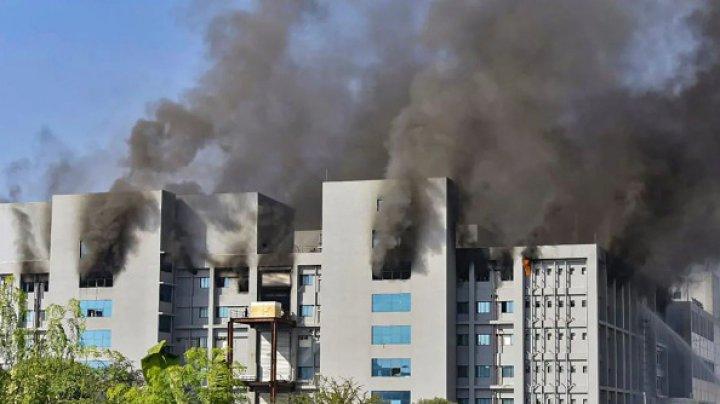 5 oameni au murit în incendiul produs la Serum Institute of India, cel mai mare producător mondial de vaccinuri