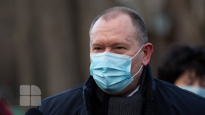 """Premierul spune că așteaptă rândul la vaccinare în țară: """"Din păcate nu am cetățenie română"""""""