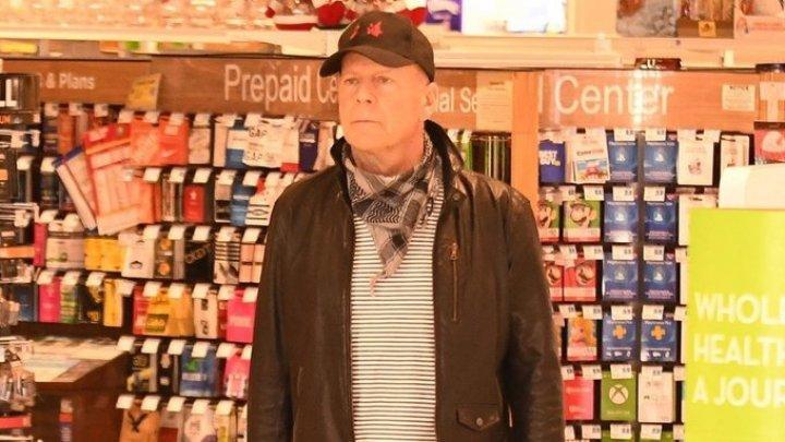 Greu de mascat. Actorul Bruce Willis a fost dat afară dintr-o farmacie pentru că a refuzat să poarte mască