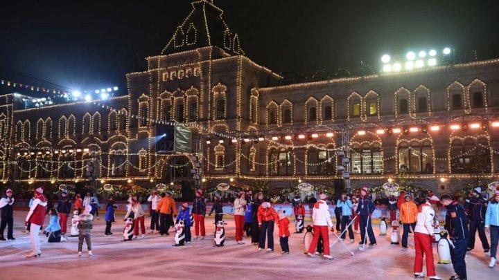 Un centru comercial şi o sală de operă, printre locaţiile unde se vor putea vaccina anti-COVID locuitorii Moscovei
