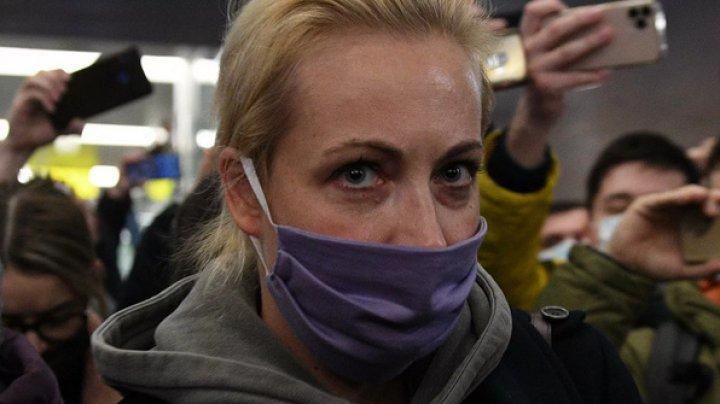 Poliţia rusă a reţinut-o pe Iulia Navalnaia, soţia principalului opozant al Kremlinului (VIDEO)