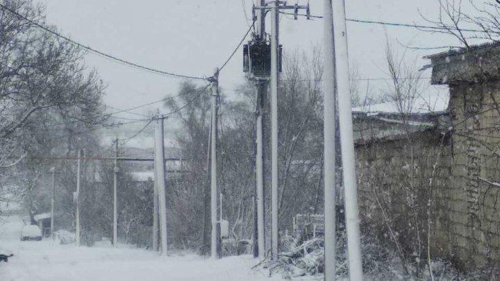 Patru sate din raioanele Anenii Noi, Ștefan Vodă, Cahul și Leova, în continuare fără lumină în urma ninsorii abundente