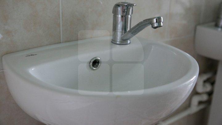 Locuitorii de pe mai multe străzi din Capitală vor rămâne FĂRĂ APĂ la robinete. Adresele vizate