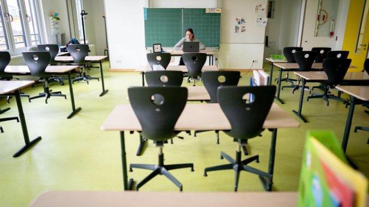 Elevii din Germania pot alege să repete anul şcolar afectat de pandemie