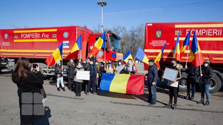 FOTOREPORT de la ceremonia oficială de predare a asistenței umanitare acordate de România