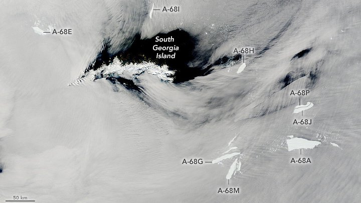 NASA a surpins dezintegrarea celui mai mare iceberg din lume