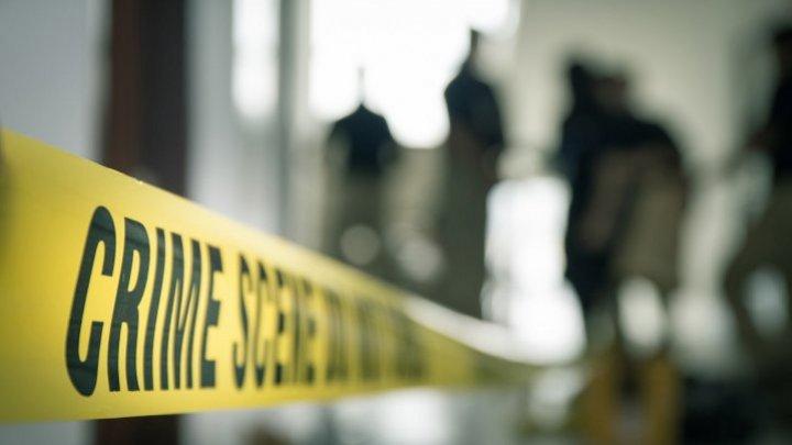 Cum a dus o întâlnire dintre un bărbat și o femeie prin intermediul unei aplicații mobile la o crimă, un incendiu uriaș și la alte două decese