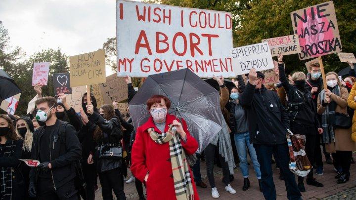 De Ziua internaţională a femeii, în Polonia s-au desfășurat proteste împotriva legii privind avortul