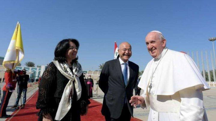 """Preşedintele irakian: Vizita papei Francisc reprezintă """"un gest de pace şi iubire"""""""