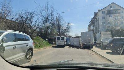 Accident la Durlești. Mai multe mașini au fost avariate (VIDEO)