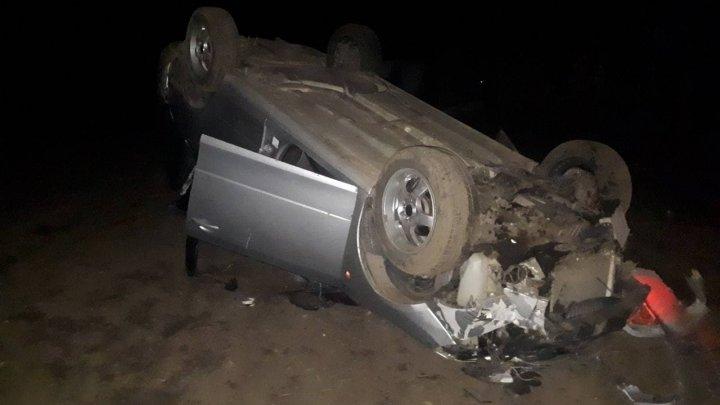 Accident în raionul Hîncești. Un bărbat a urcat beat la volan și a derapat de pe carosabil. Ce riscă acesta (FOTO)