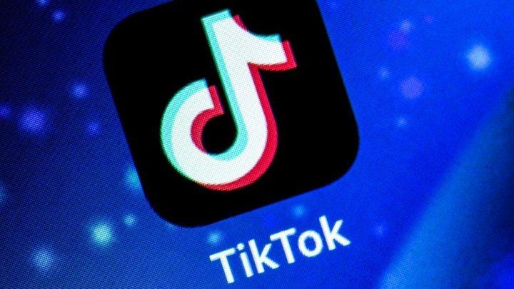 Rețeaua TikTok a fost dată în judecată pentru colectarea datelor copiilor