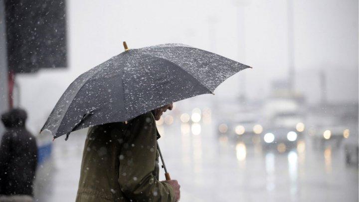 METEO. Ploi în nordul şi centrul ţării. Câte grade vor indica termometrele