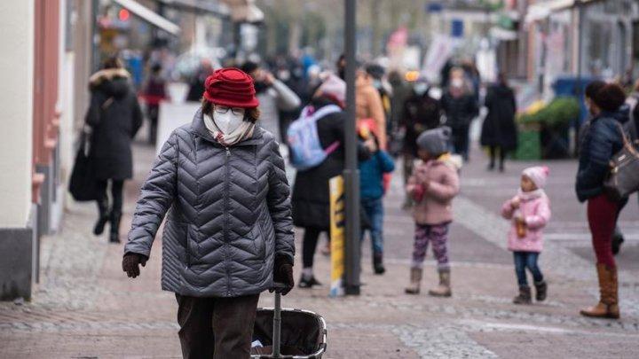 Sute de persoane au ieșit în stradă pentru a cere restricții mai dure în Germania