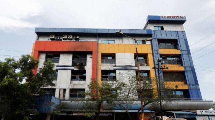 13 bolnavi de COVID-19 au murit într-un incendiu la un spital din Mumbai