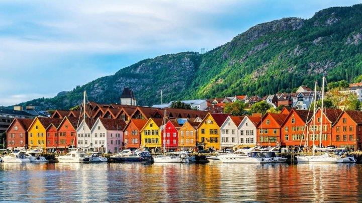 Guvernul norvegian extinde restricţiile până la 12 mai
