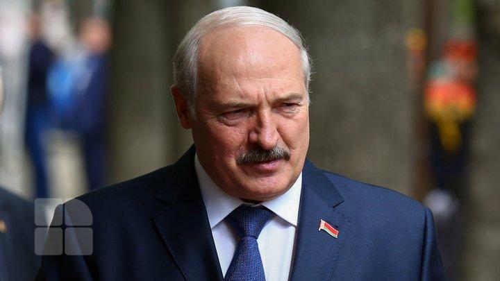 Lukaşenko face bani pe seama imigranţilor din Siria şi Irak. Belarusul a devenit noua poartă a migranţilor spre UE