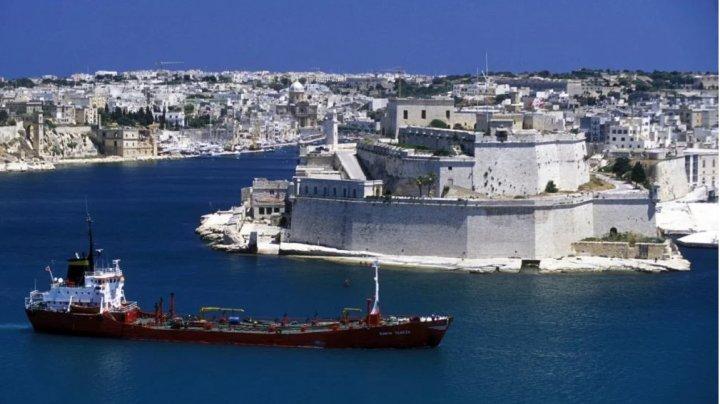 Malta vrea să plătească turiștii care vizitează insula. Care este suma oferită