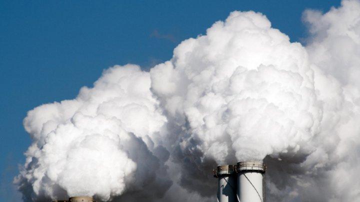 Raport: Emisiile de dioxid de carbon la nivel global vor crește în mod periculos în acest an