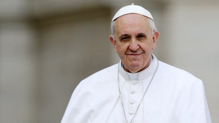 Papa Francisc face un nou apel pentru pace: Moartea copiilor este inacceptabilă