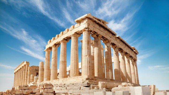 Grecia, alt termen pentru ridicarea carantinei în cazul turiştilor veniţi din celelalte ţări UE