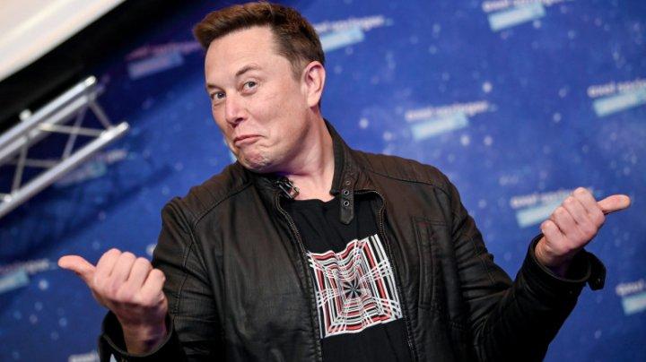 Lupte între cei mai bogați oameni ai lumii. Elon Musk l-a ironizat pe Jeff Bezos