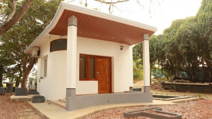 """Prima casă din India construită cu o imprimantă 3D oferă """"soluţia"""" pentru criza locuinţelor la preţuri accesibile"""