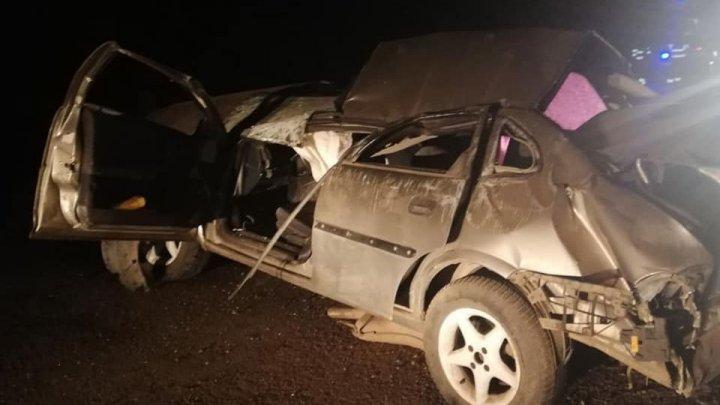 O nouă victimă a vitezei excesive. Un tânăr de 22 de ani a murit într-un accident înfiorător la Soroca (FOTO)