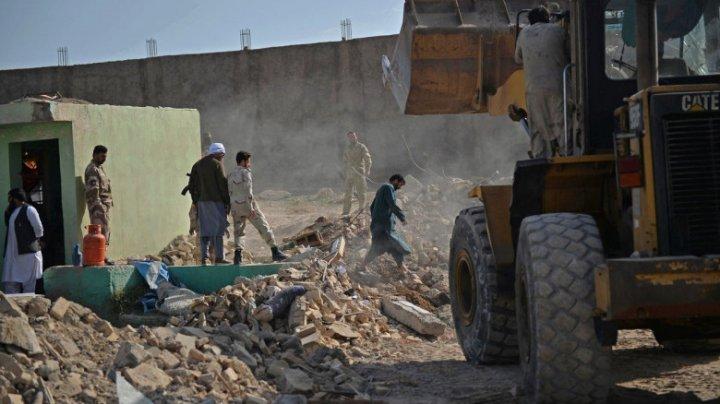 Atac cu mașină capcană în Afganistan: Cel puțin 21 de morți și 90 de răniți