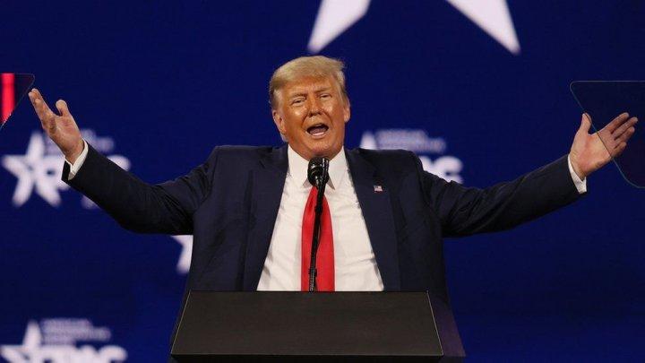 Trump rămâne suspendat pe Facebook, a decis reţeaua de socializare