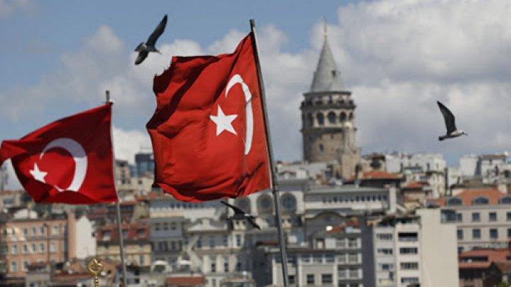 Turcia le cere musulmanilor să adopte o poziţie clară cu privire la violenţele din Gaza