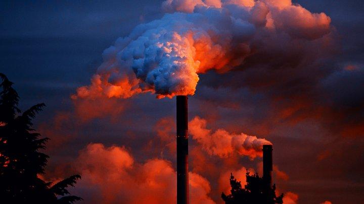 China poluează mai mult decât toate țările dezvoltate la un loc