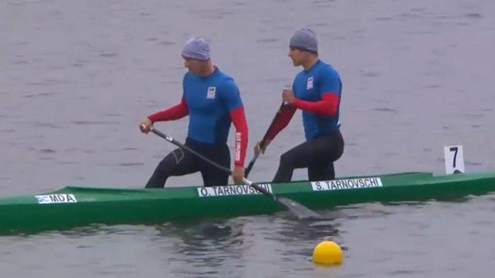 """Medalie pentru Moldova la Cupa Mondială de caiac-canoe. Frații Tranvoschi au câştigat """"argintul"""" la competiţia din Barnaul"""