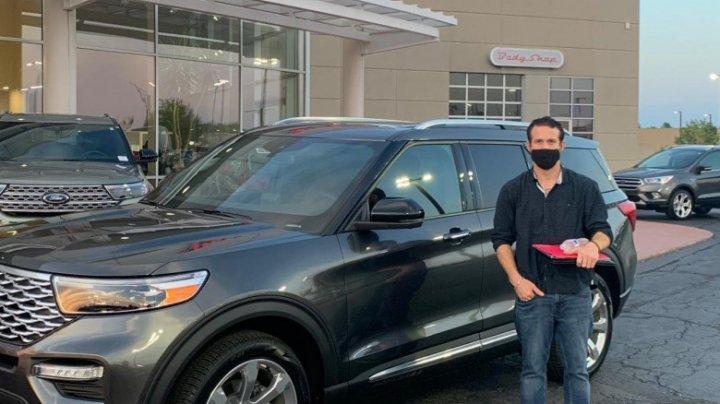 Peripeția unui bărbat care a furat o mașină de 58.000 de dolari, apoi s-a pozat cu ea pentru Instagram