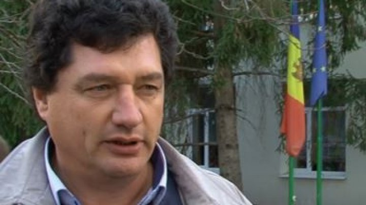 """Mărturiile cutremurătoare ale primarului de Cuizăuca, după ce a fost bătut de doi indivizi: """"M-au lovit cu picioarele cât au putut"""""""